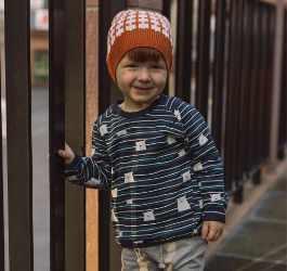 Nachhaltige Kinderkleidung für den Weg in Kindergarten und Schule