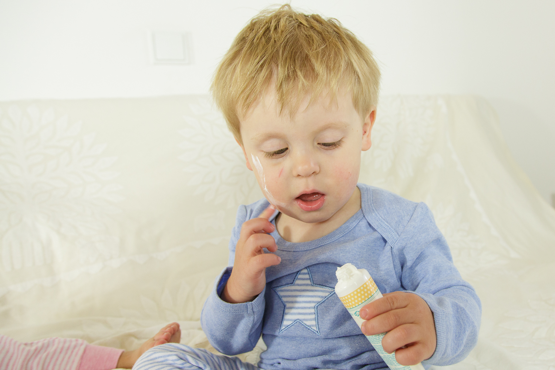 Sense Organics bloggt über faire Hautpflege bei Kindern